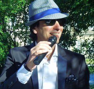 Sänger und Unterhalter Claudio – Italienische Schlager