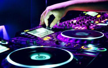 DJ für Firmenfeier